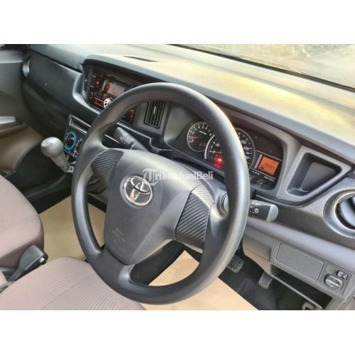 Mobil Toyota Calya 2019 Grey Manual Bekas Body Mulus Irit Bahan Bakar - Bekasi