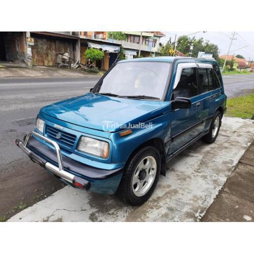 Mobil Suzuki Escudo 1994 SUV Manual Kondisi Bekas Harga Nego - Sukoharjo