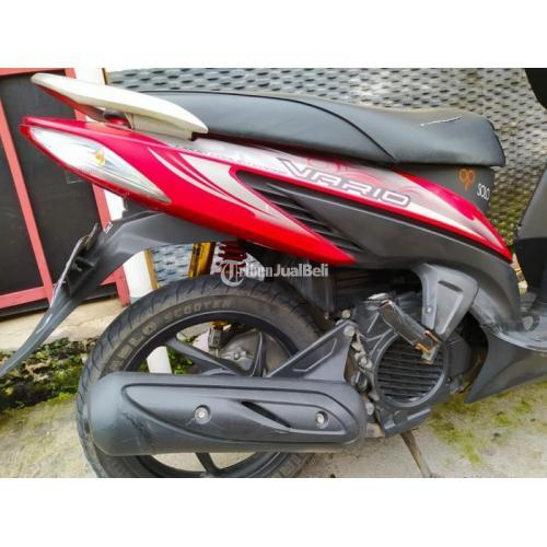 Motor Honda Vario 2011 Merah Bekas Surat Lengkap Mesing Kering Halus - Solo
