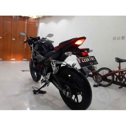 Motor Honda CBR 150CC R 2018 Bekas Mesin Halus Standar Surat Lengkap - Jakarta Timur