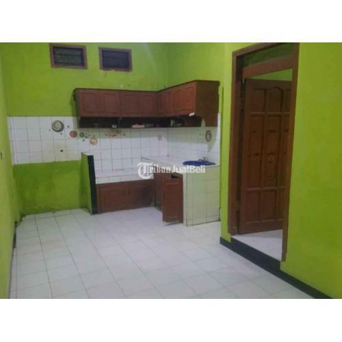 Dijual Rumah Bekas Luas 105 m² Legalitas SHM IMB 3 Kamar Hadap Timur - Surabaya