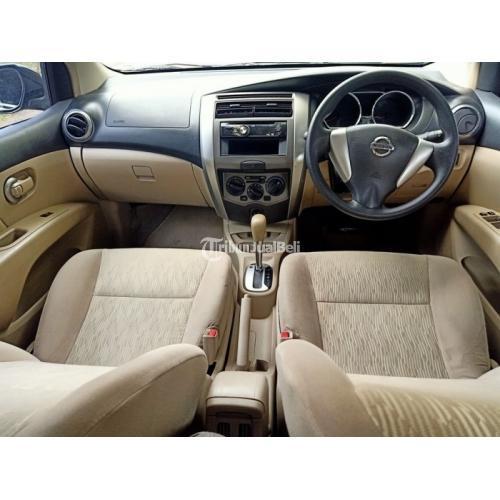 Mobil MPV Nissan Grand Livina XV 2014 Bekas Full Original Sehat Mulus - Bandung