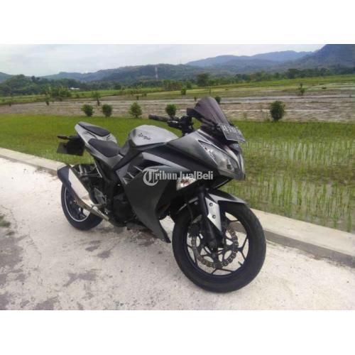Motor Sport Kawasaki Ninja 250 2013 Bekas Normal Mulus Surat Lengkap - Jogja