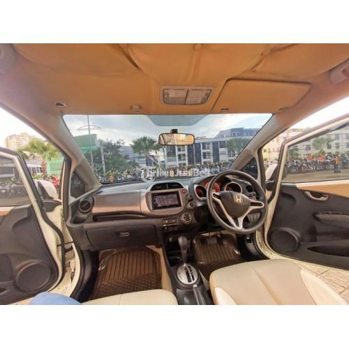 Mobil Honda Jazz RS 2011 Putih Bekas Mulus Sehat Pajak Panjang - Jakarta