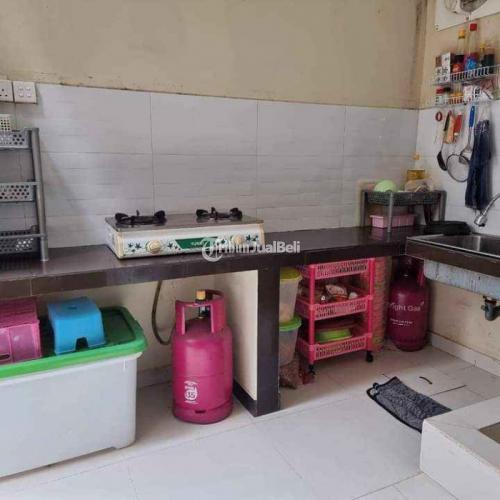 Dijual Rumah Mewah Minimalis 2 Lantai 4 Kamar Hadap Timur Bekas Siap Huni - Batam