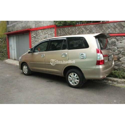 Mobil Toyotan New Innova 2.0 Tipe V 2011 Manual Bekas Kondisi Normal - Purwokerto