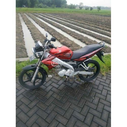 Motor Yamaha Vixion 2008 Merah Kondisi Bekas Terawat Mesin Normal - Sidoarjo