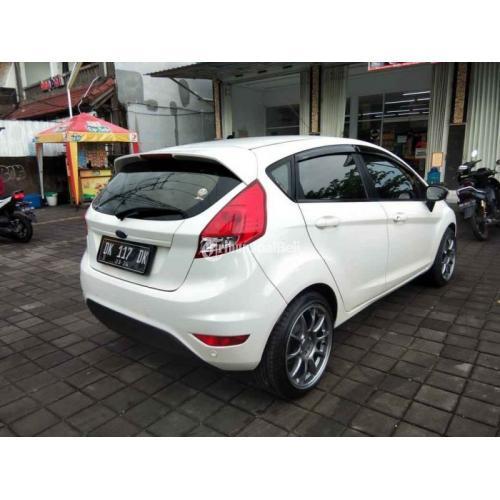 Mobil Ford Fiesta Trendy Facelift 2013 Matic Bekas Terawat Pajak Aktif - Denpasar