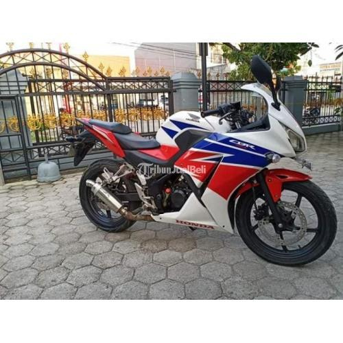 Motor Honda CBR 2015 Surat Lengkap Body Mulus Bekas Pajak Aktif - Semarang