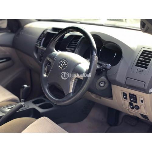 Mobil SUV Toyota Fortuner G QT Diesel 2011 Bekas Full orisinil Pajak On - Bandung