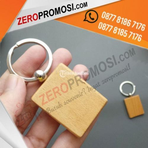 Souvenir Gantungan Kunci Kayu GK-K01 Unik Harga Murah -Tangerang