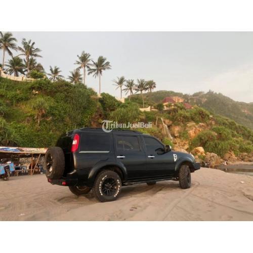 Mobil Ford Everest 2.5 Diesel TDCI 4x4 2011 Manual Bekas Full Orisinil - Bantul