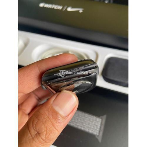 Apple Watch Nike+ S4 44mm GPS Bekas Bagus Normal Fullset No Kendala - Pontianak