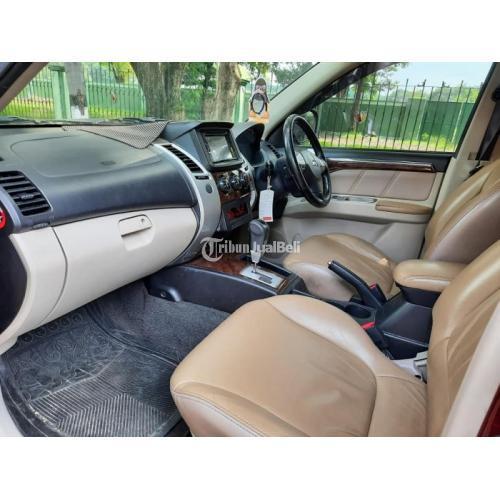 Mobil Mitsubishi Pajero Sport Exceed AT 2011 Pajak Aktif Mesin Kering Bekas - Surabaya