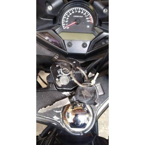 Motor Honda CBR 2015 Warna Hitam Pajak Panjang Mesin Halus Bekas - Bandung