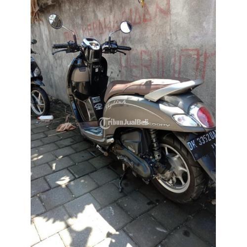 Motor Honda scoopy 2019 Body Mulus Kelistrikan Normal Bekas Bonus Helm - Denpasar