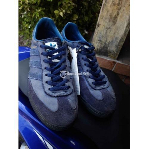 Adidas Manchester Marine Size 40 6.5uk Bekas Baik Box Og,tag,Keychan - Jakarta