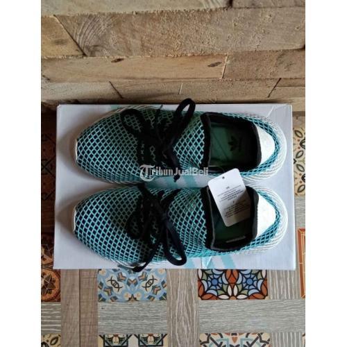 Sepatu Snekaers Adidas Deerupt Runner x Parley Ukuran 41 1/3 Baru Original - Bekasi