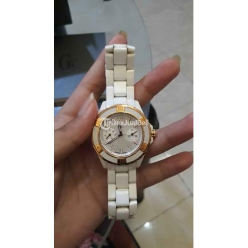 Jam Tangan Wanita Guess Collection Ori Ceramic Putih Fullset Mulus - Surabaya