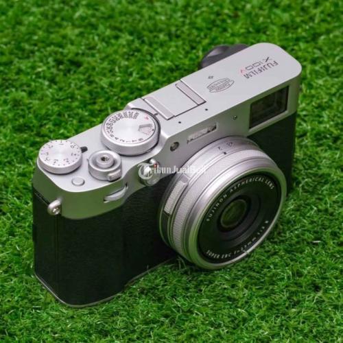 Kamera Fujifilm X100V Silver Mulus Bekas LCD No Lecet Fungsi Normal - Jakarta Utara
