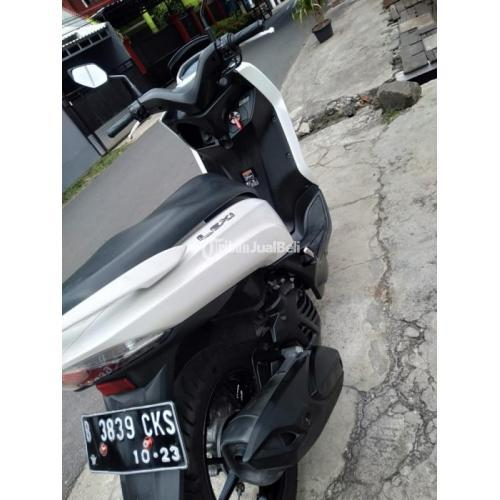Motor Yamaha LEXI 2018 Bekas Nominus Surat Lengkap Pajak Panjang - Jakarta