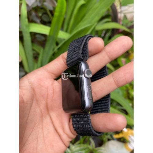 Apple iWatch Seri 3 42mm Gray Bekas Like New Normal Unit + Cas - Makassar