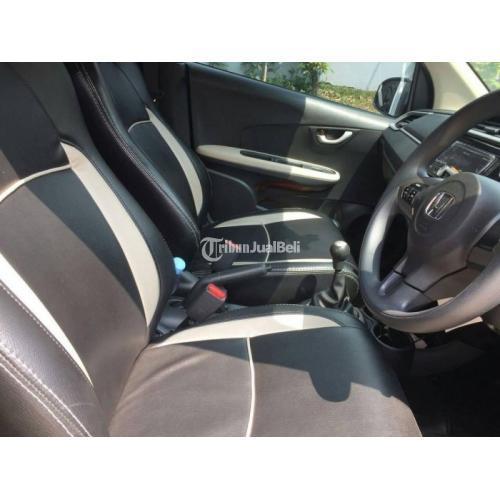 Mobil Honda Brio Tipe E 2019 Surat Lengkap Bekas Body Mulus Terawat - Makassar