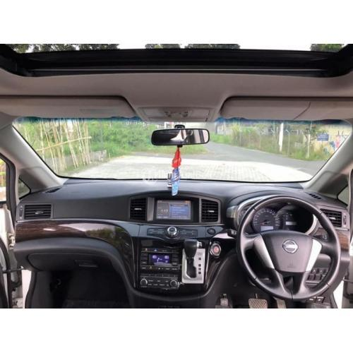 Mobil Nissan Eelgrand 2.5 HWS 2013 Double Sunroof Bekas Mulus - Sleman