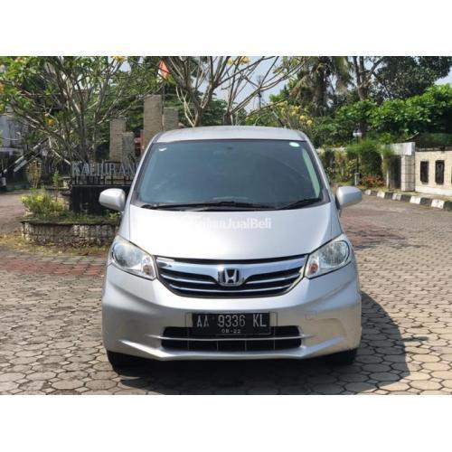 Mobil Honda Freed SD Facelift 2012 Bekas Pajak Hidup Harga Nego - Sleman