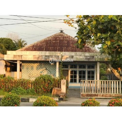 Disewakanr Rumah Bangunan Baru dan Tanah 1570m2 Isi 3 Kamar SHM - Singkawang