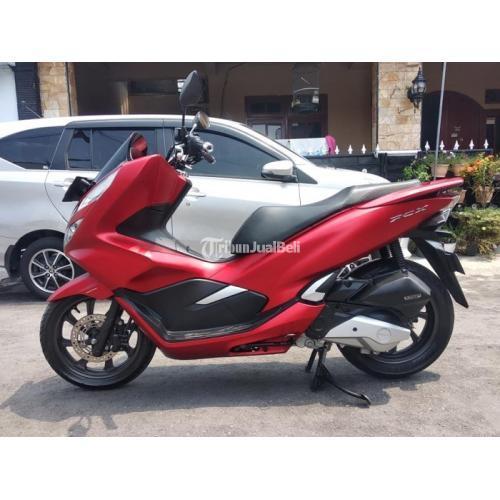 Motor Honda PCX 2018 Warna Merah Bekas Fungsi Normal Terawat - Klaten