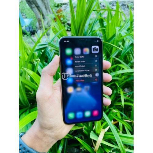 HP iPhone X 256GB silver Fullset Bekas Fungsi Normal Mulus No Minus - Gresik