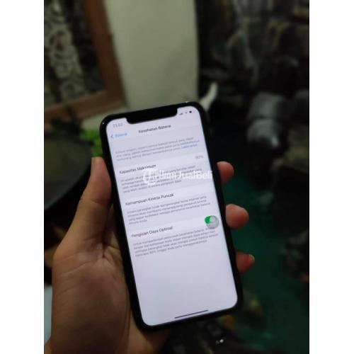 HP iPhone 11 128GB Black Fullset Bekas Baterai 90% Mulus No Minus - Gresik