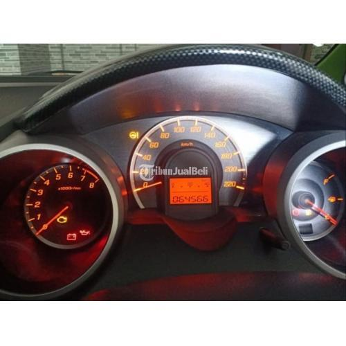 Mobil Honda Jazz RS 2011 Matik Surat Lengkap Cat Orisinil Bekas - Yogyakarta