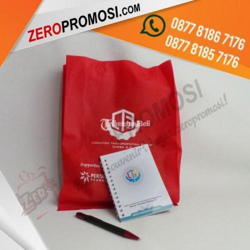 Sedia Paket Souvenir Seminaar Kit Simple Bisa Custom Cetak Logo Dengan Harga Murah - Tangerang Selatan