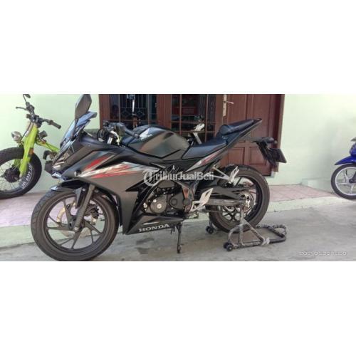 Motor Honda CBR 150cc 2018 Hitam Low KM Bekas Mulus Harga Nego - Samarinda