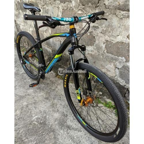 Sepeda Thrill Vanquish 3.0 Full Upgrade Size M Bekas Harga Murah - Yogyakarta