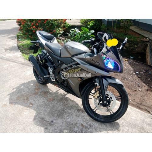 Motor Yamaha YZF-R15 V2 2016 Bekas Surat Lengkap Pajak Hidup - Pontianak