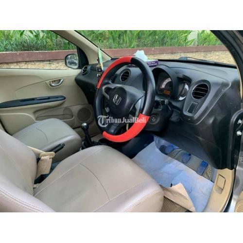 Mobil Honda Brio E 2014 Bekas Siap Pakai Surat Lengkap Pajak Panjang - Kubu Raya