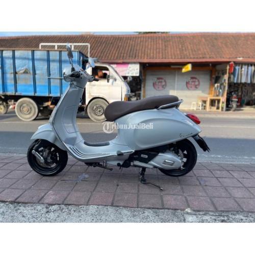 Motor Vespa Primevera 2018 Bekas Super Mulus Low KM Harga Nego - Badung