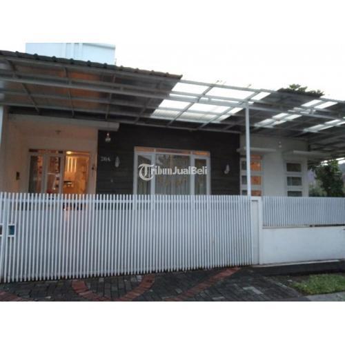 Jual Rumah 3 Kamar 120m2 Semi Furnish Harga Nego - Bandung, Jawa Barat