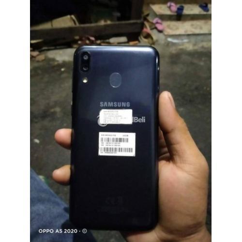 HP Samsung M20 Ram 3GB/32GB Fast Charging Bekas Mulus No Minus - Jakarta Pusat