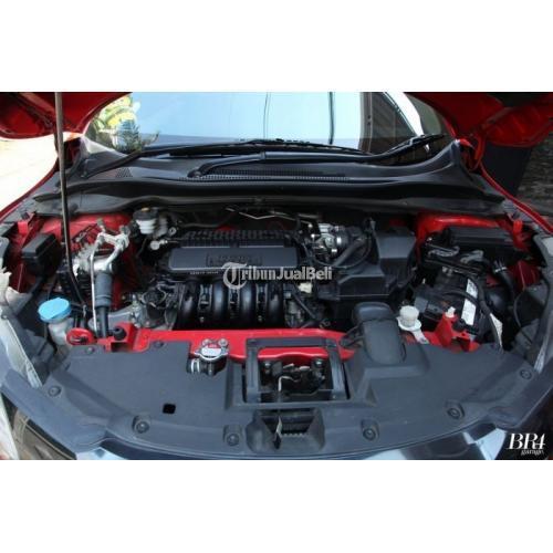 Mobil Honda HRV 1.5 E CVT 2015 Bekas  Tangan 1 Surat Lengkap Mulus - Malang