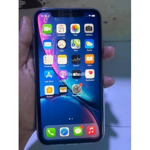 HP iPhone Xr 64GB Bekas Fullset Kondisi Normal Mulus No Minus Harga Nego - Surabaya