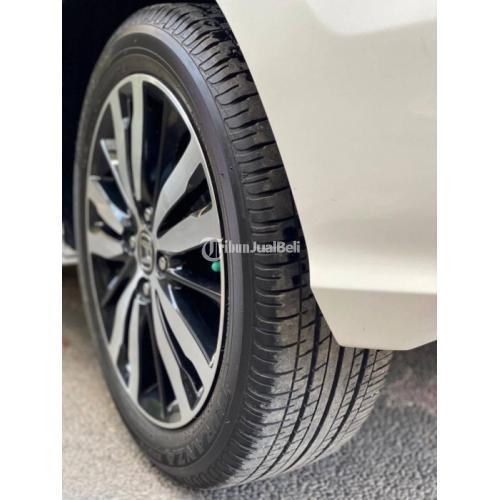 Mobil Honda Jazz RS Facelift 2018 Manual Bekas Normal Harga Murah - Badung