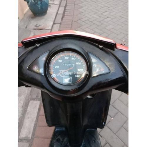Motor Honda Vario 2009 Mesin Halus Surat Lengkap Bekas Normal - Surabaya