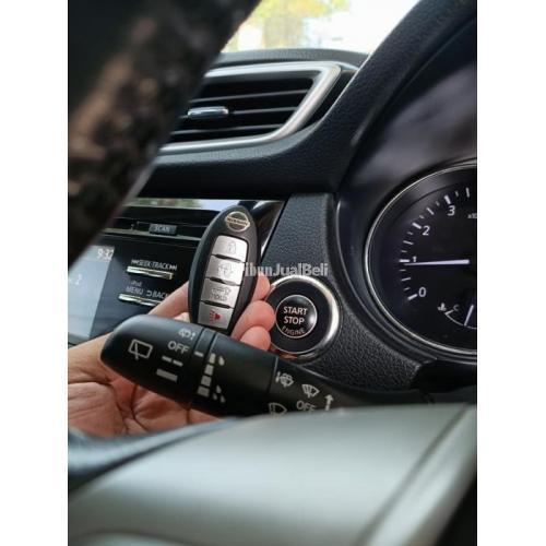 Mobil Nissan Xtrail 2.5 AT 2015 Hitam Bekas Tangan 1 Surat Lengkap - Makassar