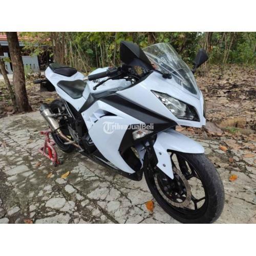 Motor Kawasaki Ninja 250 FI th 2013 Bekas Mulus Pajak Panjang - Jogja