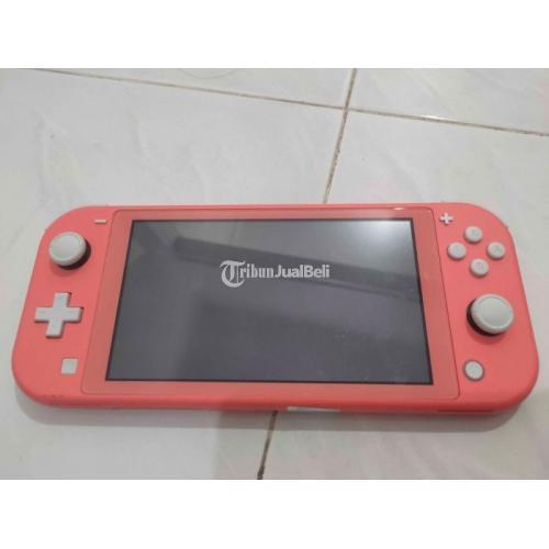 Konsol Game Nintendo Switch Lite Coral + Animal Crossing : New Horizons - Surabaya