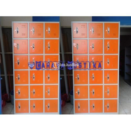 Lemari Kozure Loker Besi 18 Pintu Varian Warna Orange/Biru - Malang